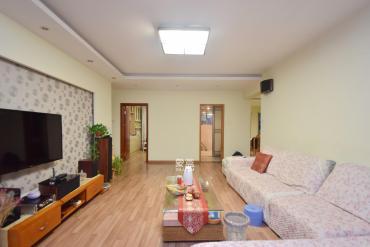 匯城上筑  3室2廳2衛    120.0萬