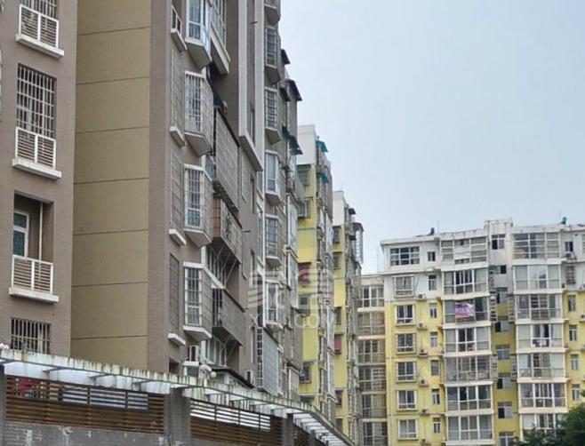 领秀星城:引领自由、开放、生态和时尚的新型生活方式的住宅