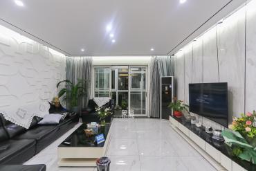 滨江新城 八方小区 长沙市检察院旁 自住5房 诚心出售