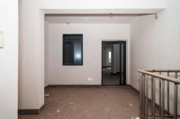 建發匯金國際  3室2廳1衛    240.0萬