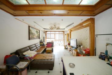 樂和城后面自住精裝兩房 看房方便 誠心出售