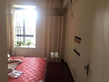 離松雅湖**近的一個樓盤 小區配套成熟 居住舒服 看房方便