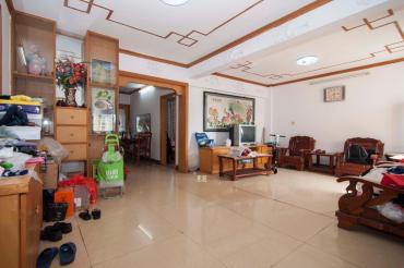 南沙公寓  3室2厅1卫    76.0万