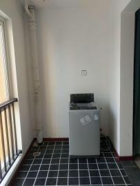 三迪枫丹  2室2厅1卫    2200.0元/月