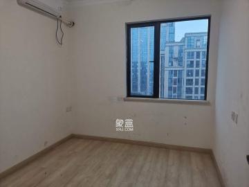 五江天街  4室2厅1卫    3200.0元/月