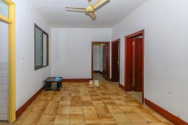 鹽業公司宿舍  3室2廳1衛    90.0萬