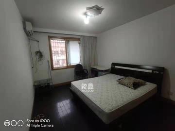 湘衛花苑  3室2廳1衛    2300.0元/月