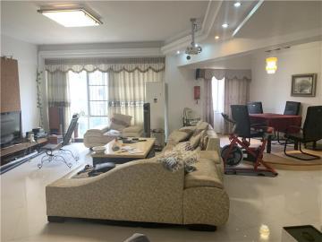 金融花园  3室2厅1卫    150.0万