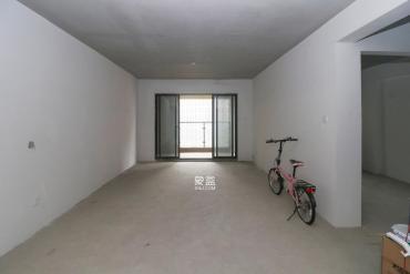 南山雍江汇(滨江国际新城)  3室2厅2卫    163.0万