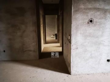 一品阳光  4室2厅1卫    115.0万