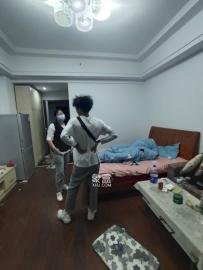 天元涉外景園  1室1廳1衛    1600.0元/月