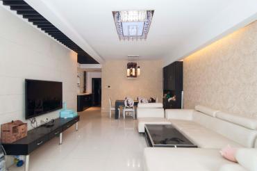 金域南外滩(望江佳园)  3室2厅2卫    163.8万