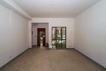 佳兆业水岸新都  4室2厅2卫    210.0万