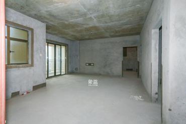 江山帝景  3室2厅2卫    120.0万