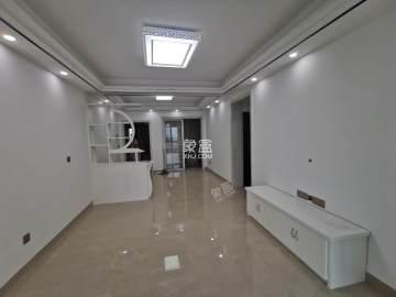 中国铁建金色蓝庭  2室2厅1卫    56.0万