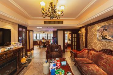 融科东南海  4室2厅2卫    230.0万