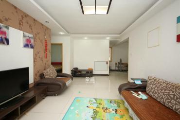 华欣公寓  2室2厅1卫    76.8万