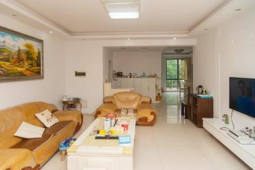 湘龙家园  4室2厅2卫    150.0万
