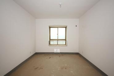 中天瑞景  5室2廳2衛    180.0萬