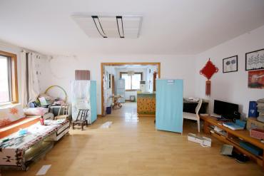 火星小學,單價才六千,低房價哪里找。有鑰匙,隨時可看房