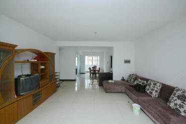 芙蓉公寓  3室2厅1卫    130.0万