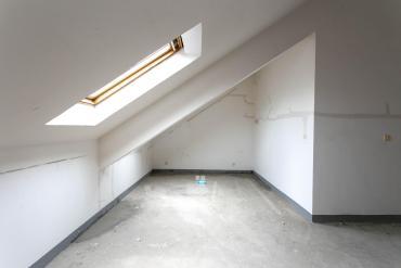 绿城桂花城  5室2厅2卫    260.0万