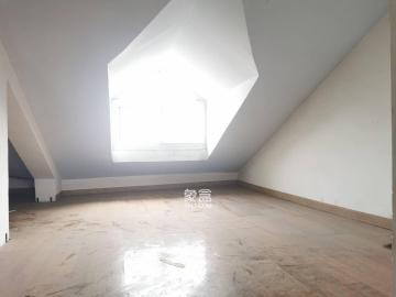 銀華山莊  4室2廳1衛    2500.0元/月