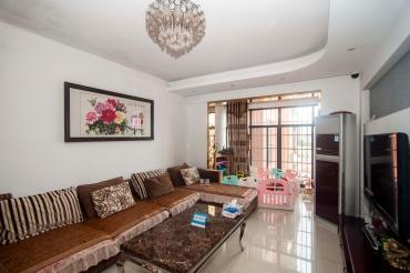 業主騰指標誠心出售價格可以談 雙陽臺南北通透的三房隨時看