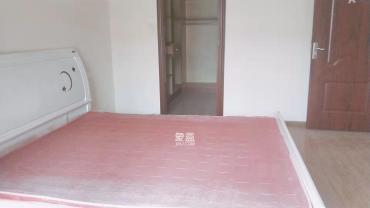 湘府十城(汇财御景湾新寓,汇财国际)  3室2厅1卫    2000.0元/月