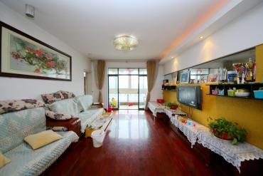 世嘉國際華城  3室2廳2衛    175.0萬