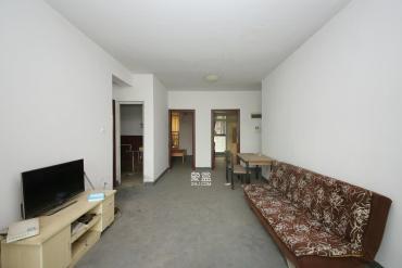 佳天名苑  3室2厅2卫    78.0万