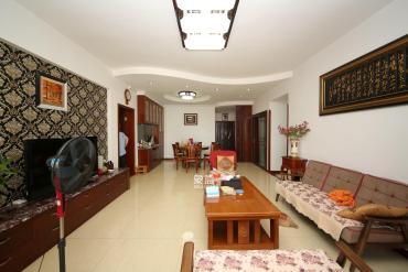 建議銀行單位房 湘府名邸 居家溫馨四房 誠意出售 隨時看房