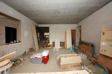 天和家园  3室2厅1卫    136.0万