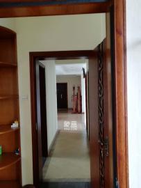 长房白沙湾  3室2厅2卫    208.0万