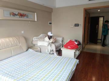 整租 五一鉆界 精裝一室 拎包入住 樓盤新環境好 居家必備!