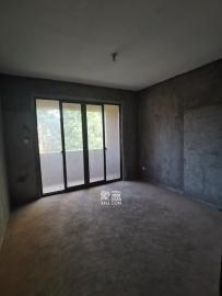 湘水郡(興旺小愛同學)  4室2廳2衛    1800.0元/月
