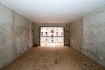 急售,银桂苑,居家四房,房东买大房子,急需出售