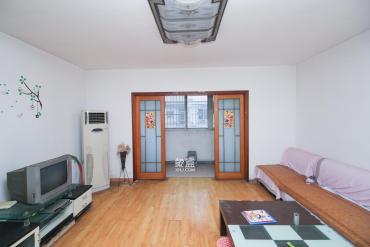 绿荫家园  2室2厅1卫    56.0万