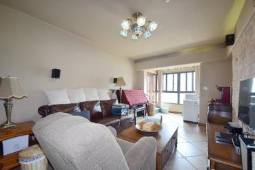 雨花亭沒有購房指標也可以買天然氣和地暖已開通溫馨兩居室