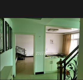 盛世嘉园  4室2厅2卫    1800.0元/月