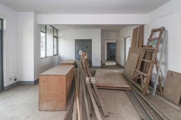 西城龙庭  4室2厅2卫    155.0万