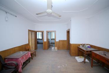 楊家山市政府宿舍  3室1廳1衛    70.0萬