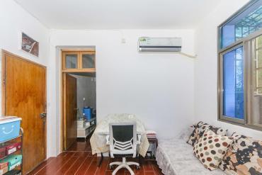 红泥山小区  1室1厅1卫    36.0万