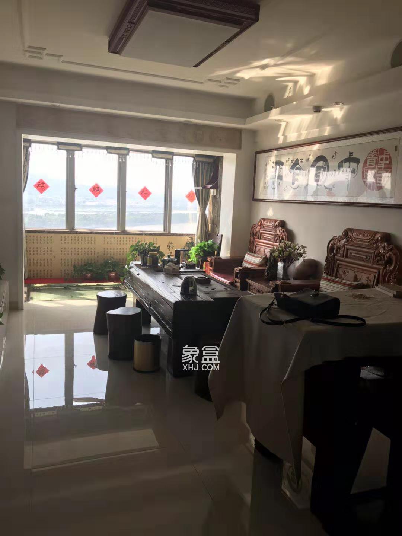 保利国际广场 全线江景房 豪装两房 看房方便 品质物公寓