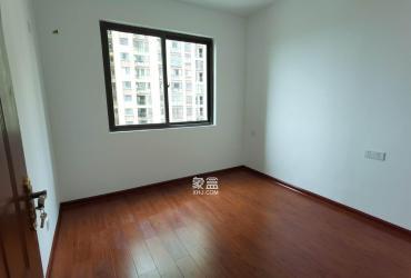 东方美地  3室2厅2卫    2300.0元/月