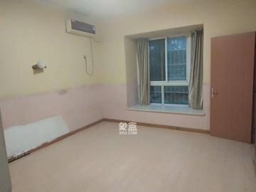 麓山潤城(梅溪盛薈)  3室2廳2衛    2400.0元/月