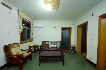 化油器厂宿舍  2室2厅1卫    60.0万