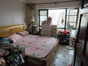 名门广场北区(二期)  3室2厅2卫    268.0万
