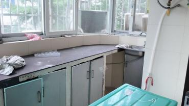 海南省人民医院宿舍楼  3室1厅1卫    2500.0元/月