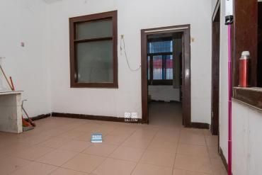 星沙六区  8室2厅1卫    185.8万